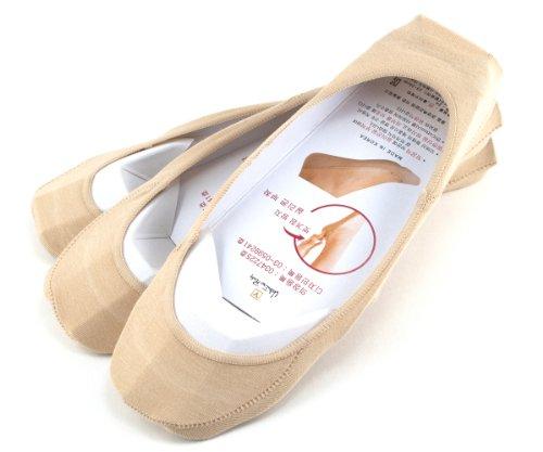 valentino-rudy-womens-no-show-non-slip-silicone-socks-in-nude-pack-of-3