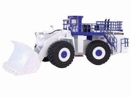 komatsu-wa900-3-wheel-loader-white-demo-1-50-by-first-gear-59-3338-by-first-gear