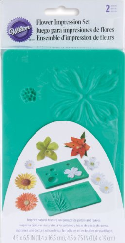 Wilton Flower Impression Mat Set- Discontinued By Manufacturer (Flower Cutters And Veiners compare prices)
