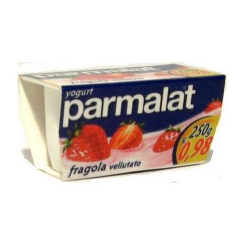 magnet-fridge-magnet-miniature-strawberry-yogurt-parmalat-original-collection