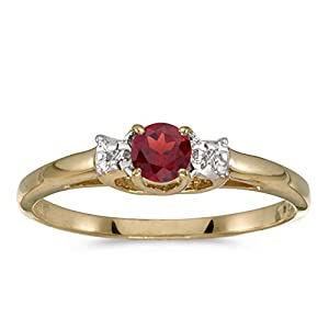 10k Yellow Gold Round Garnet And Diamond Ring (Size 6.5)