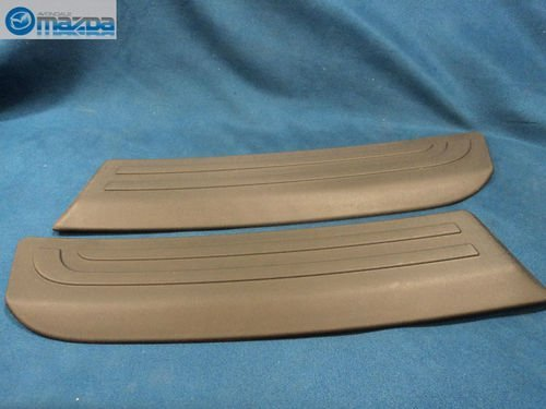 MAZDA 3 & MAZDASPEED3 2004-2009 HATCHBACK NEW OEM REAR BUMPER GUARDS (Mazda 3 Rear Bumper Guard compare prices)