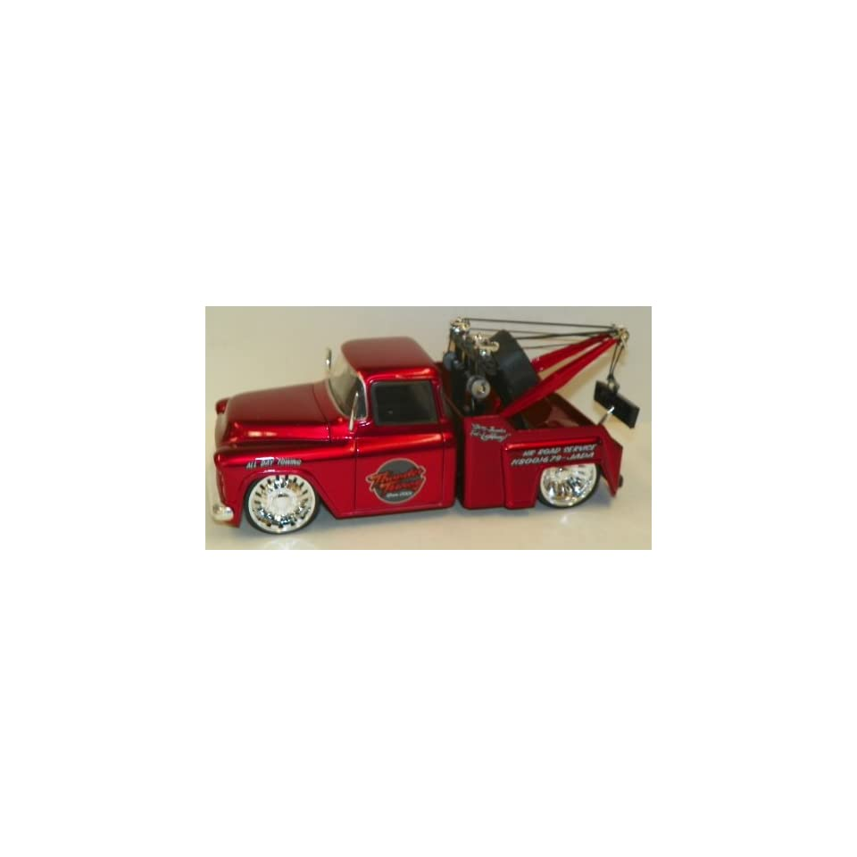 Jada Toys 1/24 Scale Diecast Big Time Kustoms 1955 Chevy Stepside Tow Truck in Color RED