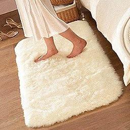 Kid Rugs, MBIGM Modern Super Soft Kid Living Room Rugs Decorative Shaggy Floor Carpets for Kids Rooms, 2.6 Feet X 4 Feet, Off-white
