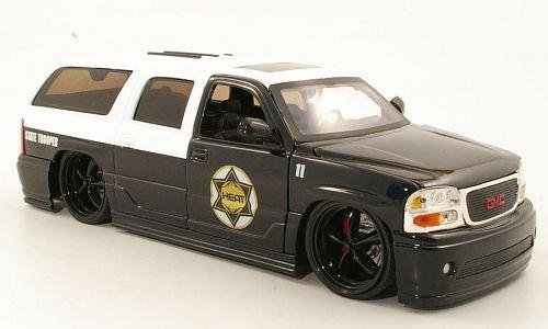 gmc-yukon-denali-tuning-state-trooper-polizei-us-2002-modellauto-fertigmodell-jada-124-by-gmc-instru