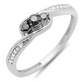 0.25 Carat (ctw) 10k White Gold Round Black & White Diamond Ladies 3 Stone Engagement Promise Ring 1/4 CT (Size 5.5)