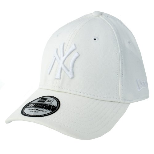 New Era 39THIRTY League Basic New York Yankees All White Baseball Cap  (Medium-Large.    15a9235c2cd