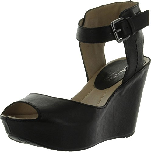 Kenneth Cole Reaction Women'S Sole My Heart Wedge Sandal,Black Leather,5.5 M Us front-1054169