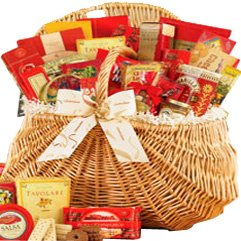 This Seasons Ultimate Snacking Gourmet Food Gift Basket - Picnic Hamper