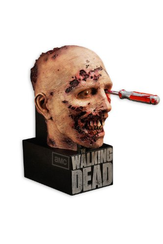 Cover art for  The Walking Dead: The Complete Second Season (Limited Edition) [Blu-ray]