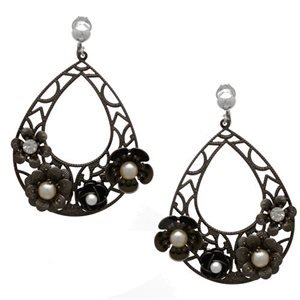 Trudi Hematite Pearl Crystal Clip On Earrings
