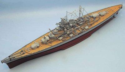 Aeronaut-Tirpitz-Schlachtschiff-mit-Beschlagsatz