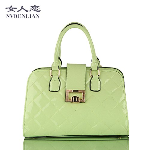 Women love new Korean fashion brand handbag patent leather stereotypes bag portable ladies bags wholesale 4711