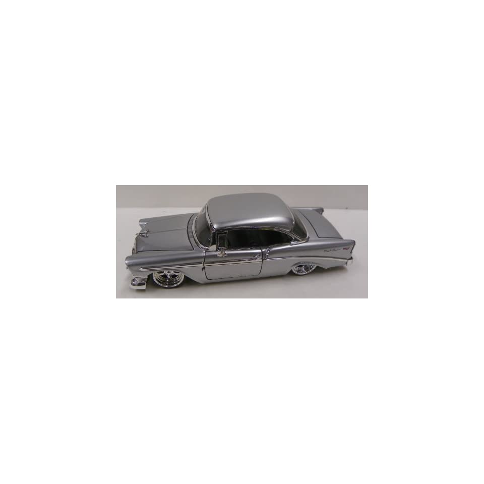 Jada Toys 1/24 Scale Big Time Kustoms 1956 Chevy Bel Air in Color Silver