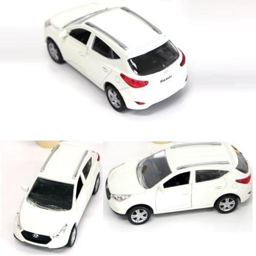 hyundai-tucson-2012-ix-druckguss-minicar-mini-front-elantra-elfenbeinfarben