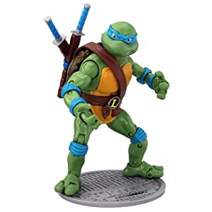 Teenage Mutant Ninja Turtles 6-inch Classic Collection Leonardo Figure