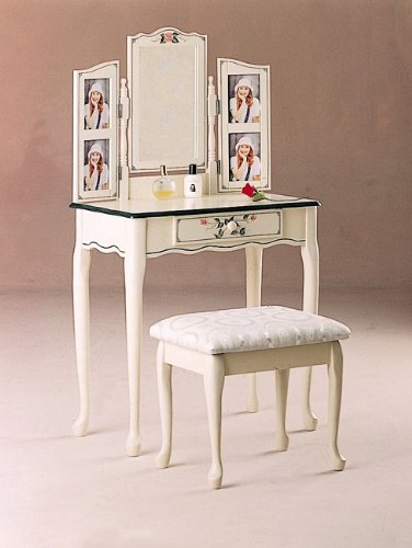 White Makeup Vanity Table