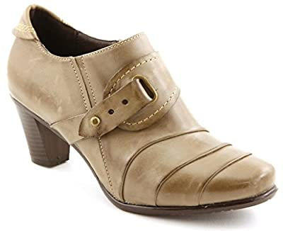 Comfortiya Women's Jane Leather Pleated Shootie Pump