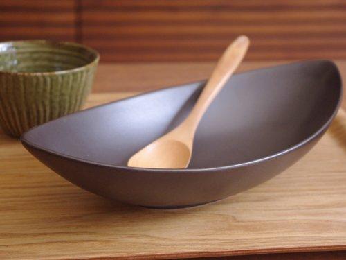 黒マット 27cm Newリーフボウル  アウトレット食器/パスタ皿/黒い食器/盛り皿/カレー皿/ブラック//パーティー