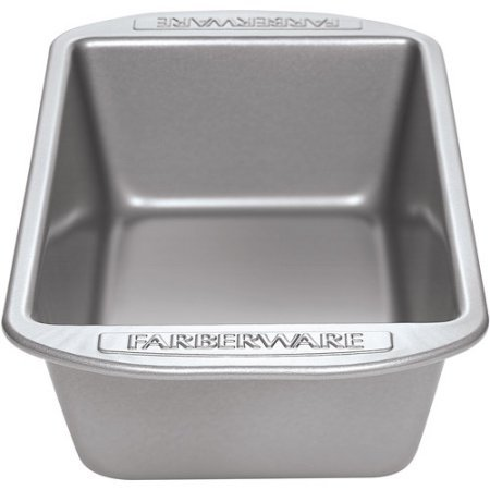 Farberware Nonstick Bakeware 9-Inch x 5-Inch Loaf Pan, Gray. Non-Stick Coating Allows For Easy Food Release. (Farberware Bread Pan compare prices)