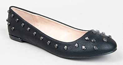 Qupid SALYA-500 Skull Studded Round Toe Slip On Flat