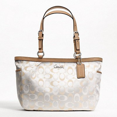 coach wallets for women outlet ut67  cream coach purse