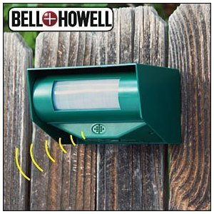 Bell + Howell 50107 Motion Activated Ultrasonic Battery Powered Animal Repeller