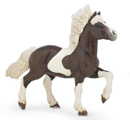 Alezan Piebald Icelandic Horse