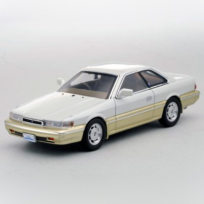 kyosho-original-nissan-altima-30-leppard-1986-japan-import