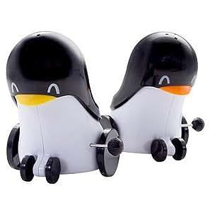 Wind Up Salt And Pepper Shaker Penguins Salt And Pepper Shaker Sets Kitchen Dining