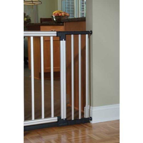 Kidco Pressure Mounted Gate front-1069947