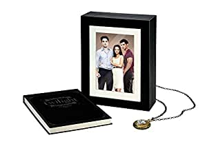 Twilight, La saga : Le Coffret Intégrale Edition Limitée - Combo Blu-Ray+DVD - Bonus inédits, Photos et Pendentif [Édition Limitée]