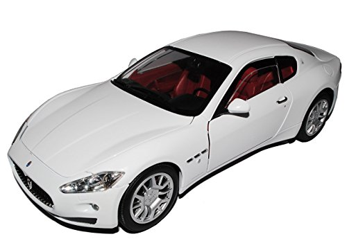 maserati-gt-gran-turismo-coupe-weiss-ab-2007-1-18-motormax-modell-auto