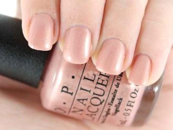 OPI: Lacquer M41 Butterfly Moment, 0.5 oz (Opi Fingernail Polish compare prices)