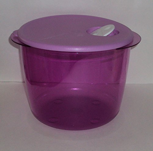 Tupperware Rock N Serve 3 1/2 Quart Mega Deep Round Microwave Dish Lavender Purple (Tupperware Pots And Pans compare prices)