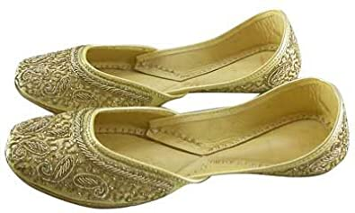 Womens Golden Embroidered Indian Shoes Handmade Leather Jutti / Mojari (12)