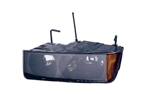 Chevy Avalanche Replacement Headlight Assembly - 1-Pair (2002 Avalanche Headlight Assembly compare prices)