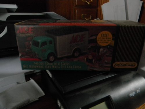 ace-hardware-special-tenth-in-a-series-1949-white-tilt-cab-truck-by-ertl