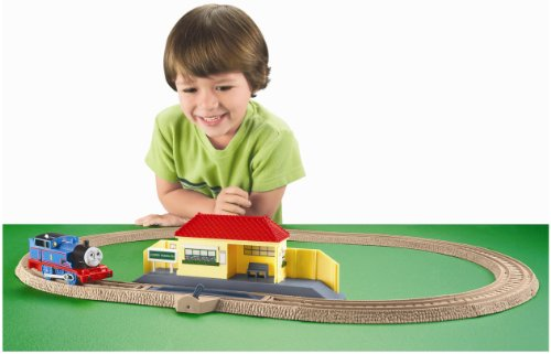 Thomas the Train: TrackMaster Thomas Rides the Rails Starter Set