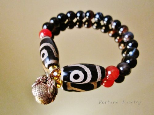 Harmony Tibetan 2 Dragon Eyes Protection Dzi Bead Bracelet, with 8mm Black Agate Beads and Unique Twin Tiger Tibetan Brass Pendant -Fortune Feng Shui Jewelry