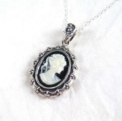 Picture Frame Black Cameo Necklace