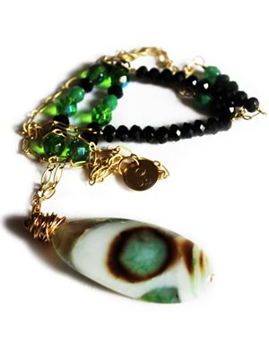 Urban Hippie Large green polished stone pendant necklace with green and black beads