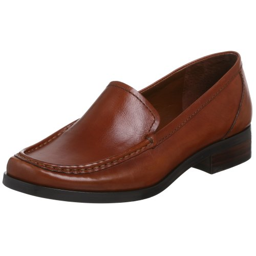 Franco Sarto Women's Cash Loafer