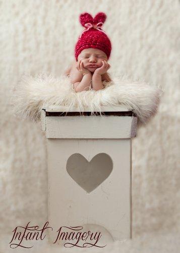 Little Sweet Heart Hat Crochet Pattern - 5 Sizes Included front-528805