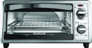 Black & Decker TO1332SBD 4-Slice Toaster Oven