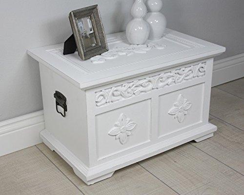 truhe couchtisch wei com forafrica. Black Bedroom Furniture Sets. Home Design Ideas