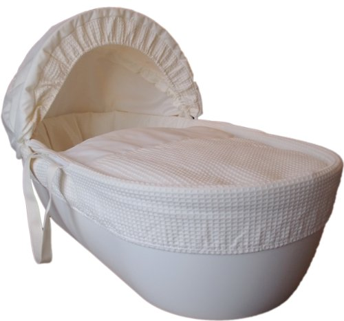 Shnuggle Cotton Waffle Hypoallergenic and Silent Moses Basket (Cream)