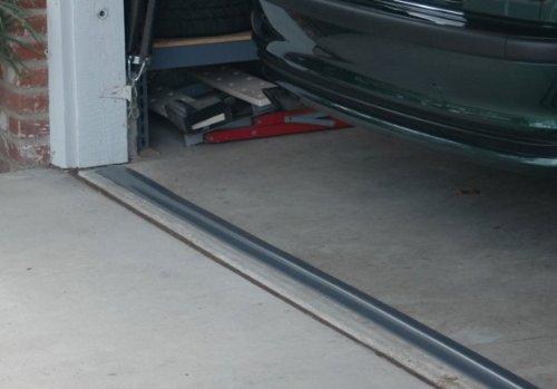 Park Smart Garage Door Seal (Gray) - 16'x3.5x.5