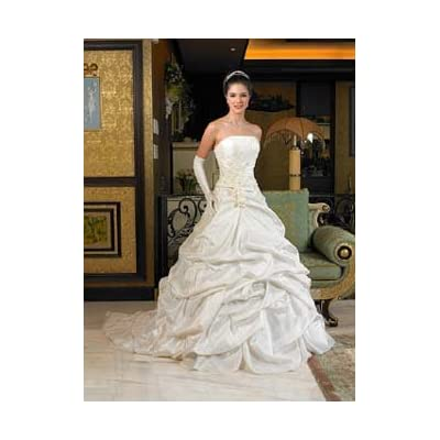 Beautiful Lady Roi Bridals Gown