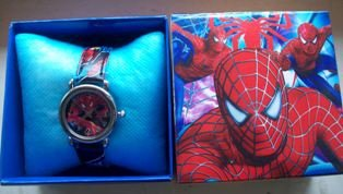 SPIDERMAN Watch Boxed Boys Girls birthday present